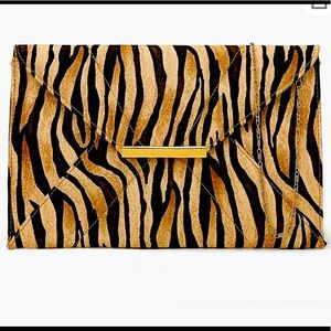 Made in USA,Luxurious Classic Clutch Purse nwt